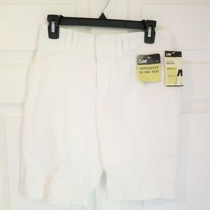 Lee Bermuda Shorts NWT 4 Petite White Natural Fit